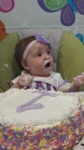 Vivian, cake, first birthday, smash cake